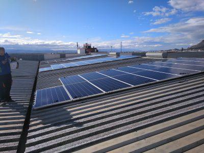 Instalación de autoconsumo fotovoltaico en Sotec Granada